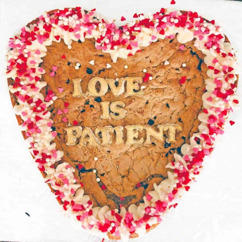 heart-cookie-cake